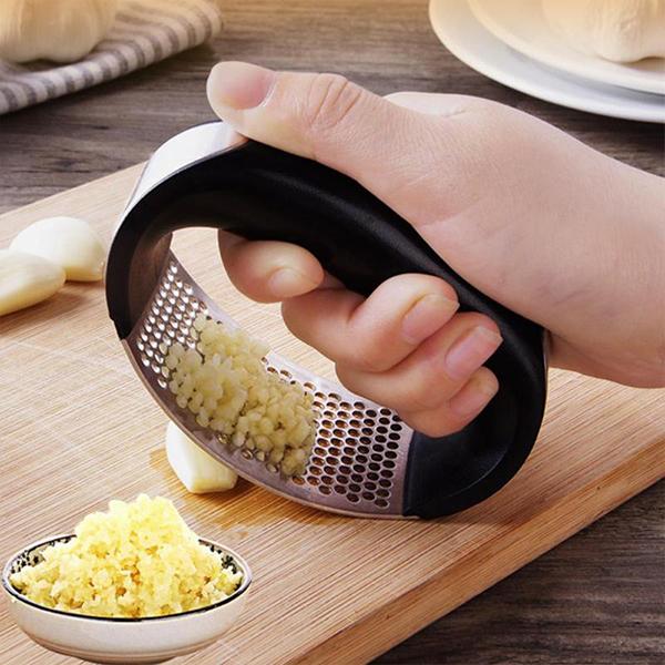 Attrezzatura obbligatoria in cucina image